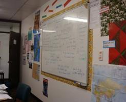 語学学校のホワイトボード