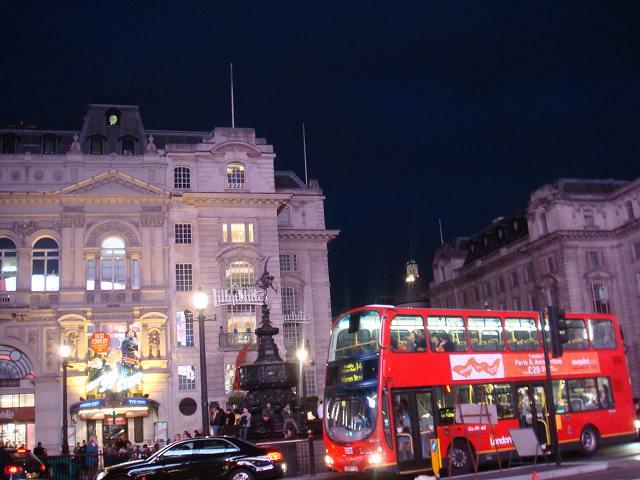 イギリスロンドン、ピカデリーサーカス前